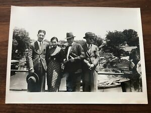 CHINA OLD ORIGINAL PHOTO CHINESE ACTRESS FILMSTAR MISS BUTTERFLY WOO AND PAN !!