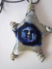 Mariella Balestra, stile Colombotto Rosso  ciondolo scultura  ceramica smaltata