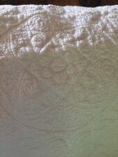 Ivory Matelasse Comforter FULL size With 2 Shams