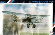 Special Hobby - Polikarpov R-Z rosso Esercito modello KIT 1:72 doppio tetto KIT