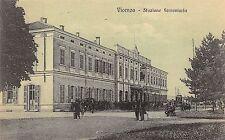 9554) VICENZA STAZIONE FERROVIARIA, CARROZZE E PASSANTI.