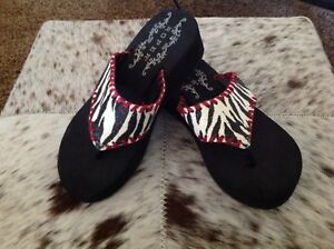Roper Zebra Print with Red Trim Black Soles Girls Size 2 Sandals Flip Flops