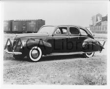 1938 Lincoln Zephyr Fordor, Factory Photo (Ref. #52768)