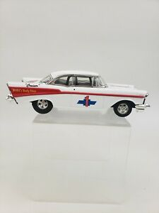 ERTL Diecast 1:24 1957 57 Chevy 210 Series Cruiser Coin BANK Red White Blue Wix