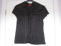 Black patterned spotty short sleeve blouse from Monsoon, size 12, VGC