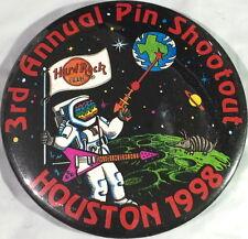 Hard Rock Cafe HOUSTON 1998 3rd Annual Texas PIN SHOOTOUT Trading Event BUTTON