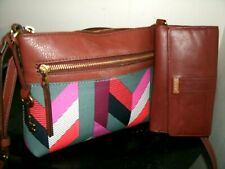 Fossil Lovely Fiona Multi-Color w/Tan Trim Crossbody with Tan Fossil Wallet EUC!