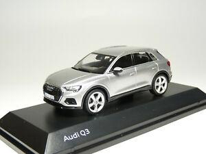 Spark 501.18.036.31 1/43 2019 Audi Q3 Diecast Model Car