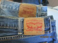 LOT OF 2 MEN'S LEVI'S 505 SIZE 38 X 34