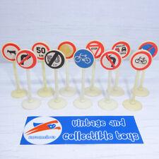 Set 11 pcs Road Traffic Sign, Street Signs Assorti Plastic Toy