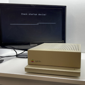 Apple IIGS tested working nice clean machine. tested working fast well packed sh