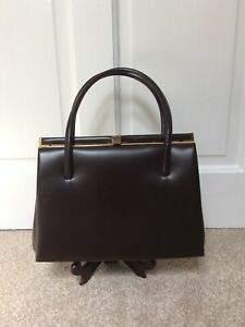 1960s Genuine Vintage Beautiful Retro Handbag With Clasp