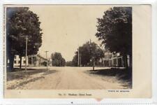 MADISON - STREET SCENE: New York USA postcard (C31585)