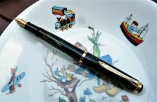 VINTAGE 1950 PELIKAN 400 BLACK CELLULOID FOUNTAIN PEN 585 GOLD NIB WITH BOX