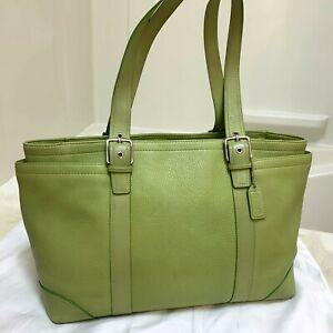 COACH HAMPTON X-Large Lime Green Carry All F10691