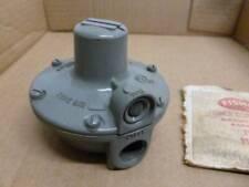 fisher controls co. type 912 / 122 pressure valve regulator NOS