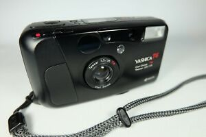Old Vintage YASHICA T4 Compact 35mm Film Camera CARL ZEISS Lens