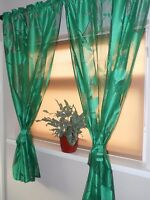 BEAUTIFUL SET OF GREEN NET WINDOW CURTAIN PANEL MULTIPLE SIZE ON BLACK WARP