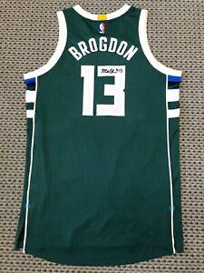 2016 MALCOLM BROGDON AUTHENTIC NBA ROOKIE PHOTO SHOOT AUTO JERSEY MEIGRAY COA