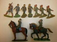 Konvolut 9 alte Elastolin Kunststoff Soldaten zu 7.5cm Marschzug + Reiter