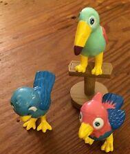 3 Jasman Bird Figures with Stand