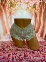 Victoria's Secret Ivory Lace Booty Shorts Stretchy Size Large NWT