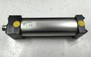 "Numatics VH-673733-1 Pneumatic Cylinder 2-1/2"" Bore × 7"" Stroke"