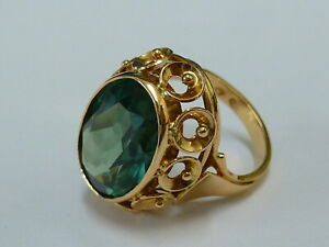 Ladies Stunning 14ct Rose Gold Fancy Green Stone Ring Size R - Fully hallmarked