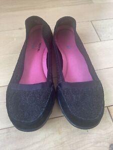 Skechers Slip On Black Shoes Size 5