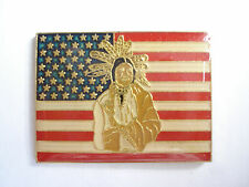 SALE VINTAGE USA NATIVE AMERICAN FLAG INDIAN CHIEF APACHE WARRIORS PIN BADGE 99p