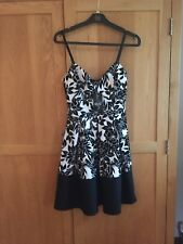 Quiz Dress Size 8 Black and White.