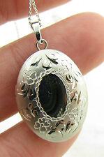 "Vintage Sterling Silver Diamond Cut Photo Locket Pendant Necklace w/ 18"" Chain"
