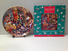 """DISNEY Winnie the POOH FRIENDS """"Christmas at Our House"""" PLATE 9 1/2"""" MINT 1995"""