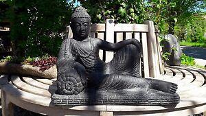 Buddha liegend  Indonesien Lavastein Skulptur Statue Feng Shui Garten Dekoration