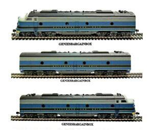 HO BALTIMORE & OHIO (B&0) E-8 A & A & B Locomotive 3 Piece Set IHC Display Item