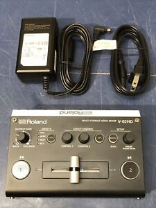 Roland V-02HD Multi-Format Professional Video Mixer Effects HDMI HD PERFECT!