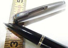 Parker C.1946 Vintage 51 Black & Silver Vacumatic Blue Diamond Cap Fountain Pen