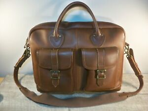 LL L.L. Bean Thick Leather Shoulder Courier Bag Briefcase Messenger Laptop Pack