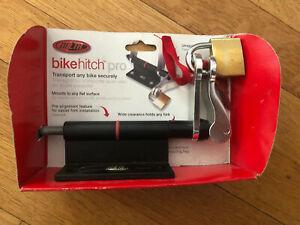 New-Old-Stock DELTA Bike Hitch Pro w/Lock & 3 keys  BH1030