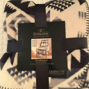 Pendleton Home Collection Reversible Jacquard Throw Westward Journey 50 x 70 NEW