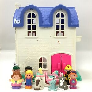 Fisher Price Little People Home Sweet Home Doll's Playhouse + Figures Pet 163050