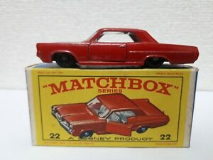 Matchbox - #22 Pontiac Coupe