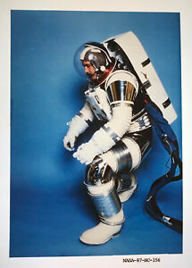 SPACE SUIT / Orig 4x5 NASA Issued Transparency - Future Space Station Suit