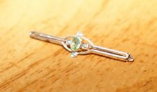 9CT GOLD STAMPED SEED PEARL WITH LOVELY GREEN PERIDOT STONE BROOCH VINTAGE CHARM