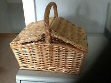Small Double Lidded Wicker Gift Hamper with Handle - Brand New