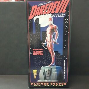Marvel Daredevil Small Scale Statue Classic Red Costume Version Bowen 0326/4000