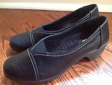 NEW EASY STREET COMFORT WAVE $42 SZ 7.5 M BLACK FAUX LEATHER SLIP ON LOAFER SHOE