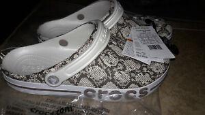 NEW Mens Crocs Bayaband Snake Print Clog Shoes, size 10