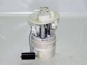 Renault Clio II  KRAFTSTOFFPUMPE Pumpe 8200683207
