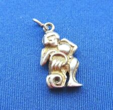 VINTAGE STERLING SILVER BRACELET CHARM ZODIAC SIGN AQUARIUS WATER CARRIER